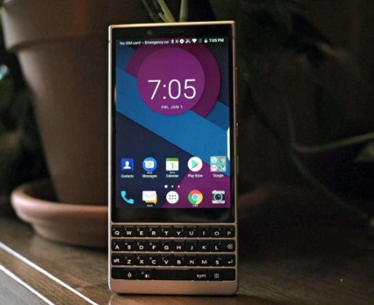 Review điện thoại BlackBerry Key2