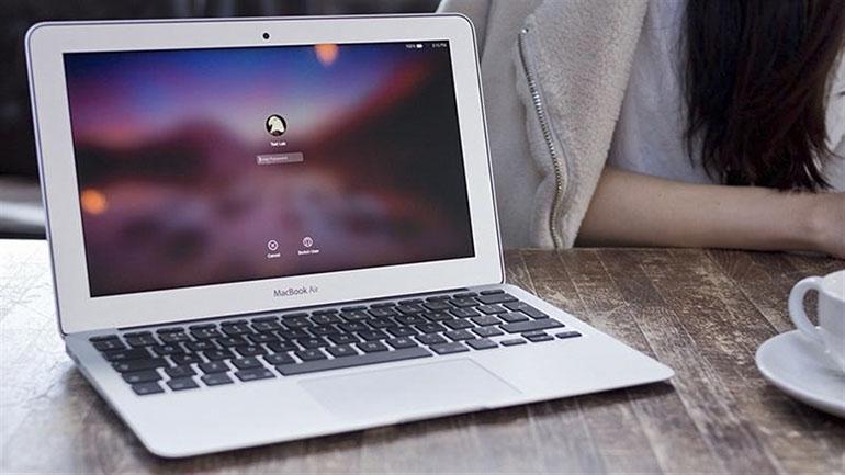 Macbook Air MJVM2 thiết kế nhỏ gọn, tiện lợi, cấu hình mạnh mẽ là một trong những chiếc Macbook được săn đón hàng đầu trên thị trường hiện nay