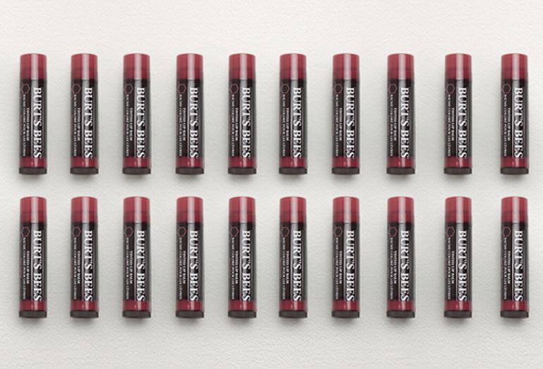 Tinted Lip Balm - Son dưỡng môi có màu từ thương hiệu Burt's Bees Mỹ