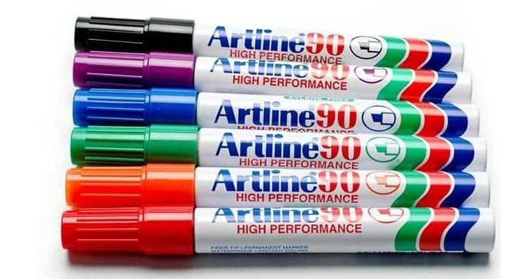 Bút lông dầu ngòi dẹt Artline EK-90
